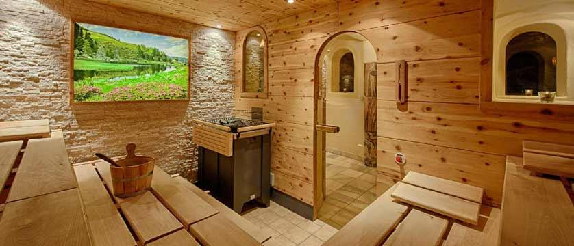 Hotel Pulverer, Bad Kleinkirchheim, Austria - sauna.jpg
